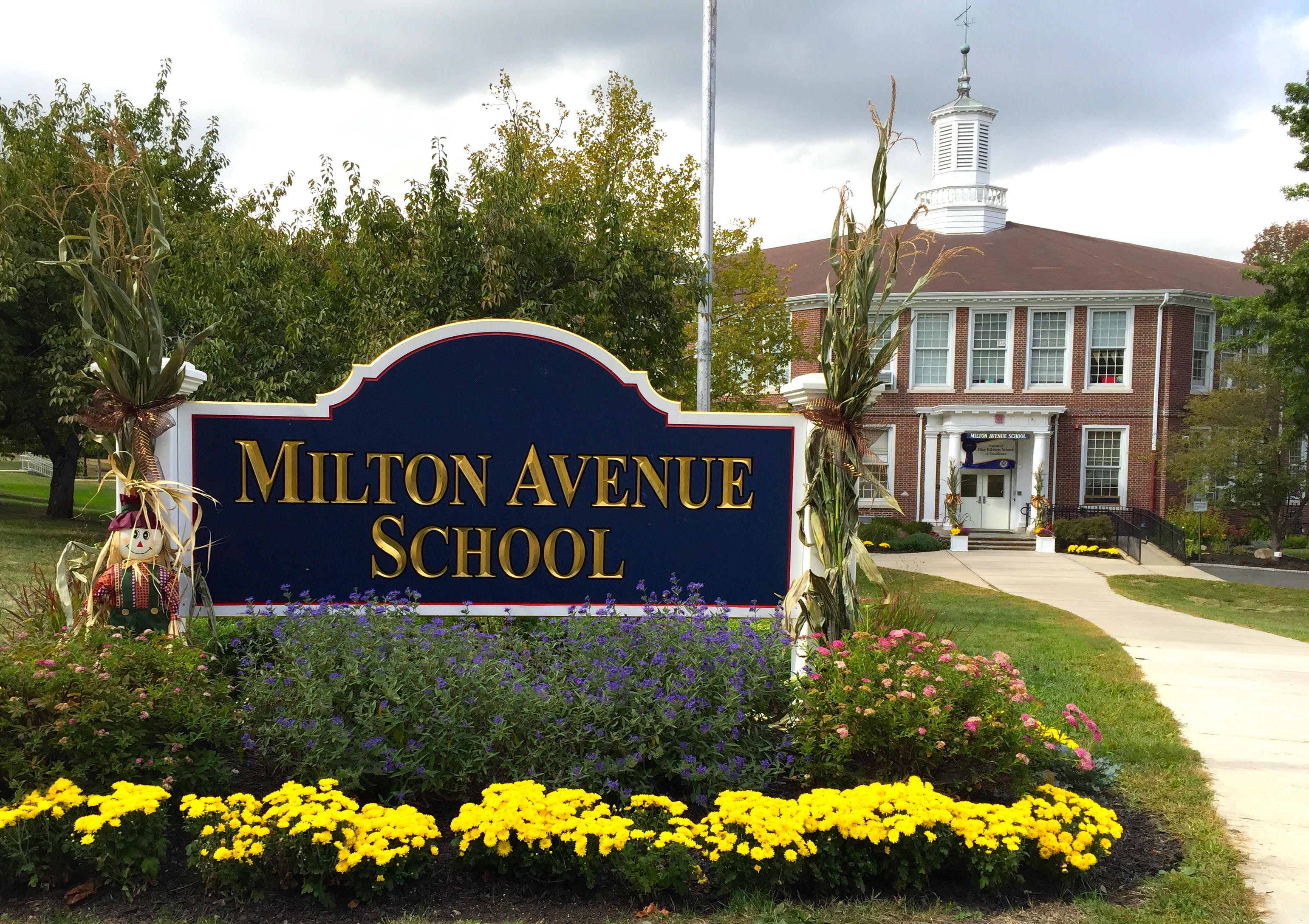 Milton Avenue School during the spring.